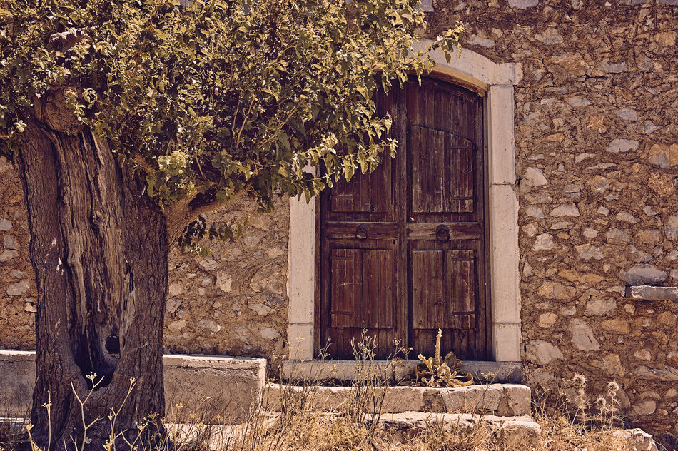 old door Abandoned Ancient Architecture Architecture Building Exterior Built Structure Close-up Crete Crete Greece Day Door Doorway Entrance House Nature No People Outdoors Rethymno Stones Traditional Tree Tree Wall Wood - Material