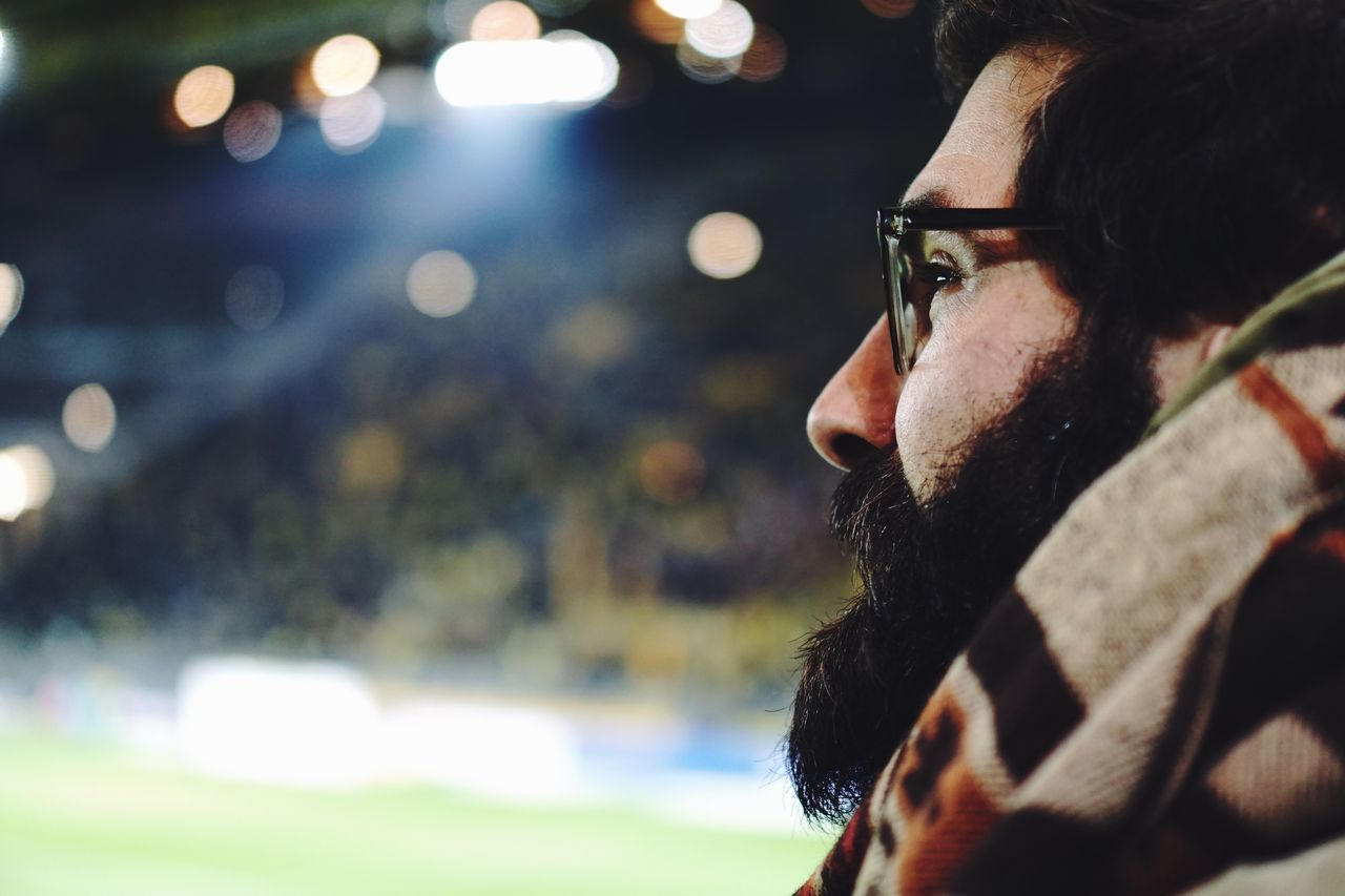 Real People One Person Headshot Lifestyles Men Close-up Only Men One Man Only Eyeglasses  Young Adult Adults Only Enjoying The View Portrait Photography Looking To The Other Side Looking Into The Future Look Football Enjoying Life Faces Of EyeEm Portrait Of A Man  Portrait Bokeh People