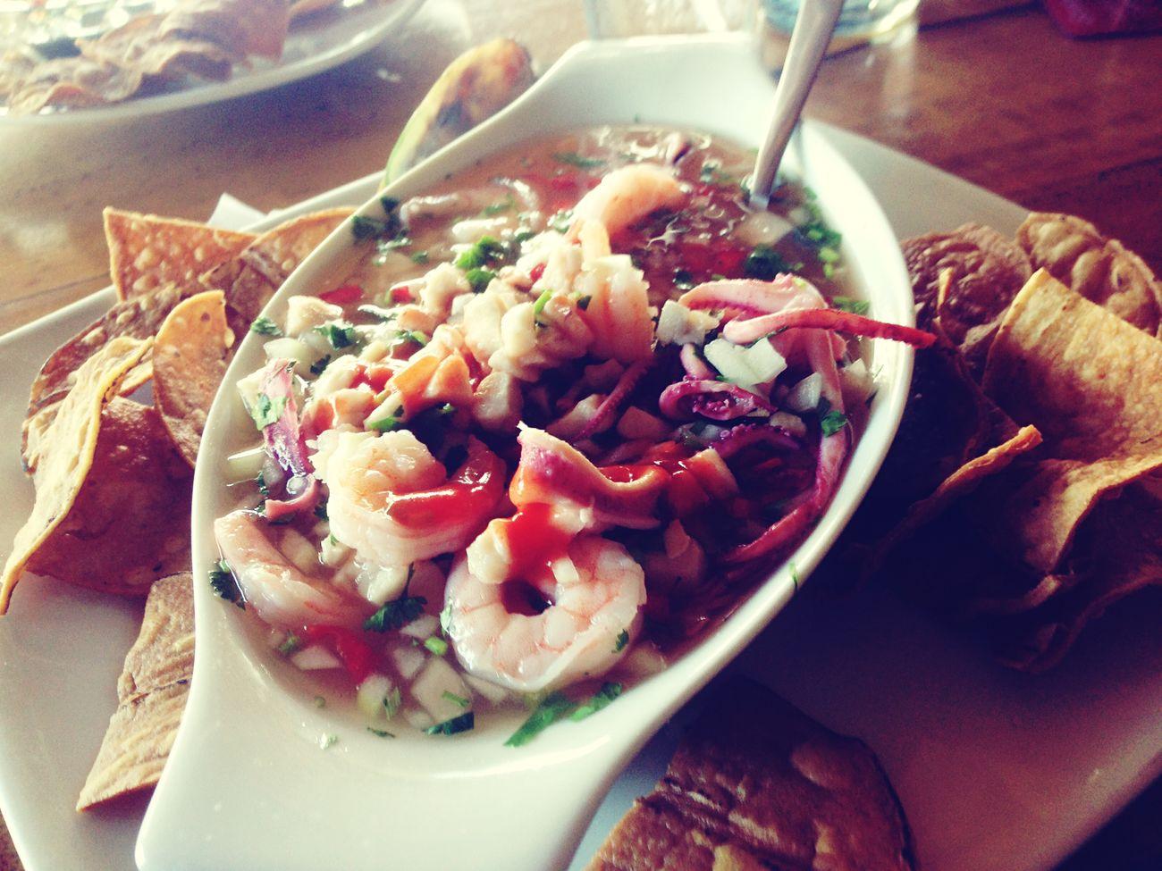 Enjoying The Food Restaurante Los Pilones hasta ahorita lo mejor! Ceviche Vuelve A La Vida