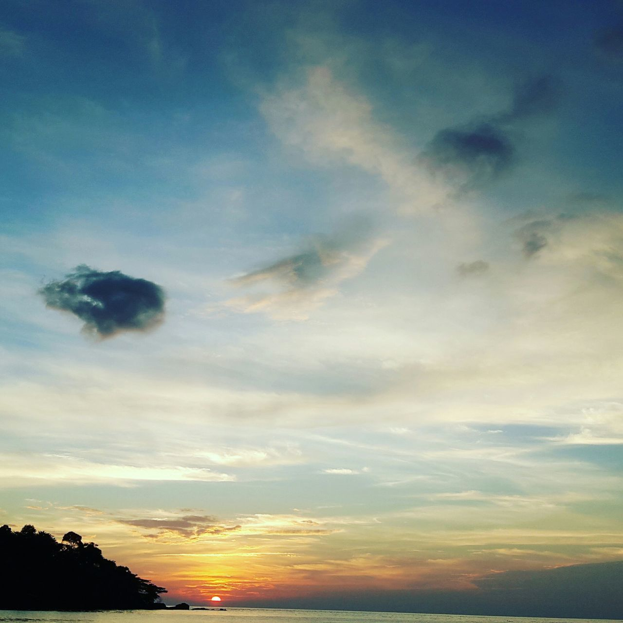 sky, sunset, cloud - sky, beauty in nature, nature, scenics, silhouette, tranquil scene, tranquility, no people, low angle view, outdoors, tree, day