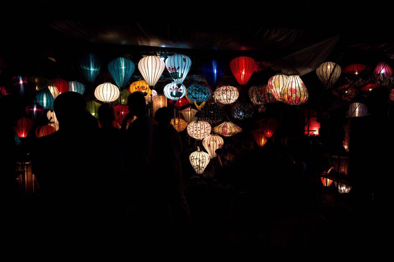 Lanturn Illuminated Dark Night Nightlife Detail Tradition Stands Out Figure Colorful Silhouette Light And Shadow Lights Night Lights Night View Lighten Market Night Market Vietnam Hoi An