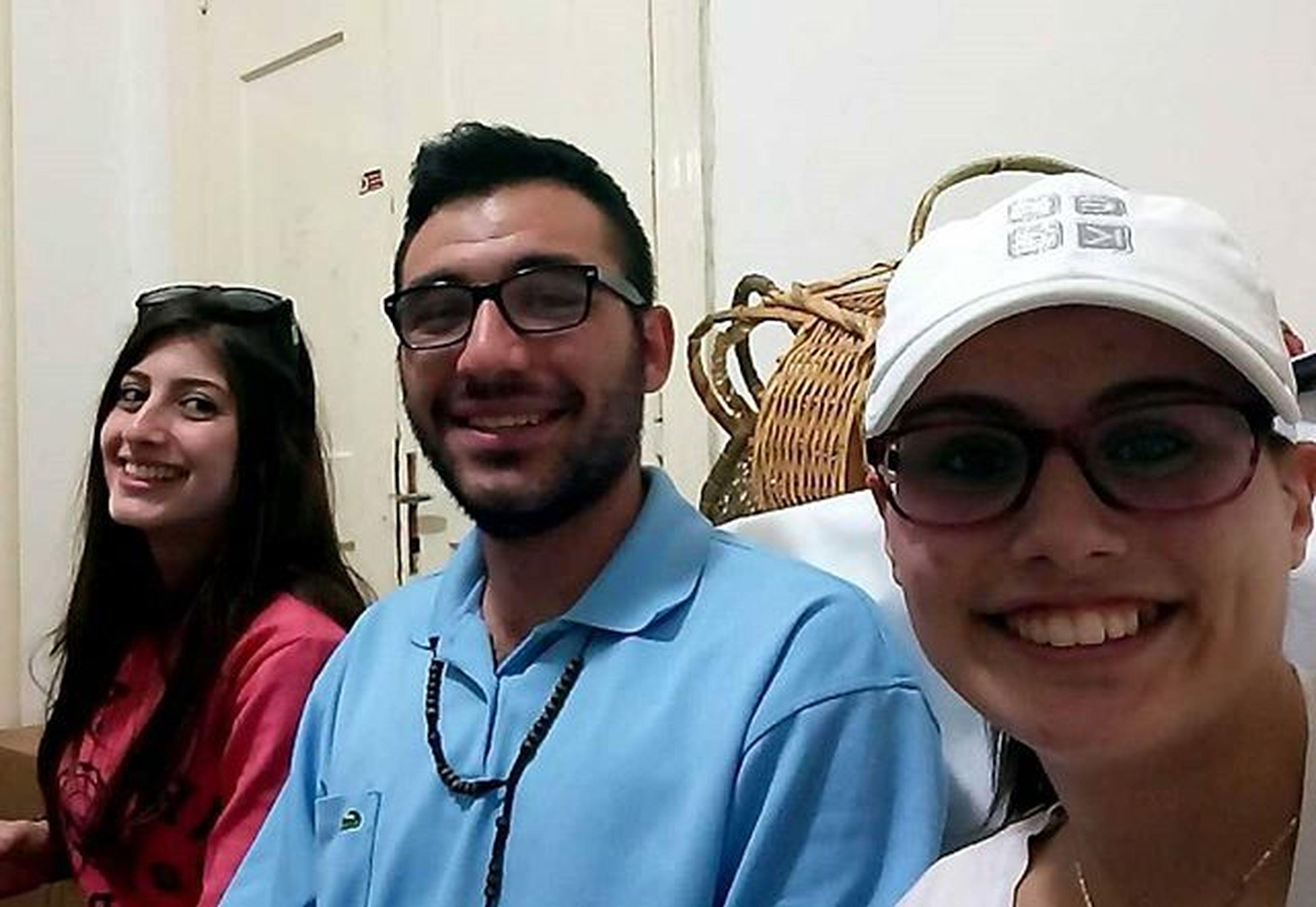 جماعة القوات اللبنانية /_\ Friends Onebigfamily Lebaneseforces Paulthebest Jessythefunny ❤😍