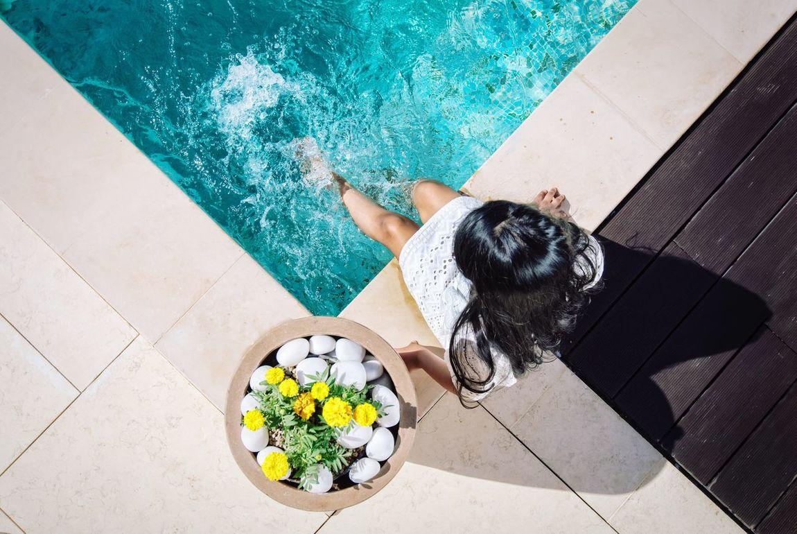 High Angle View Swimming Pool Water Outdoors Lifestyle Luxurylifestyle  Luxury Living Sunshine Playing Splashing Blue Water Flowers