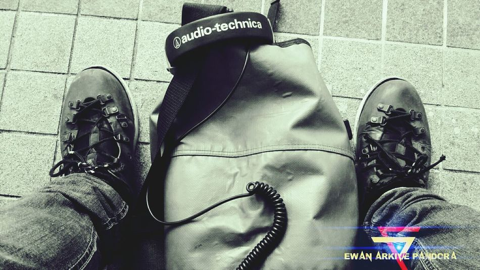 That's Me Hanging Out Fourskin Audiotechnica