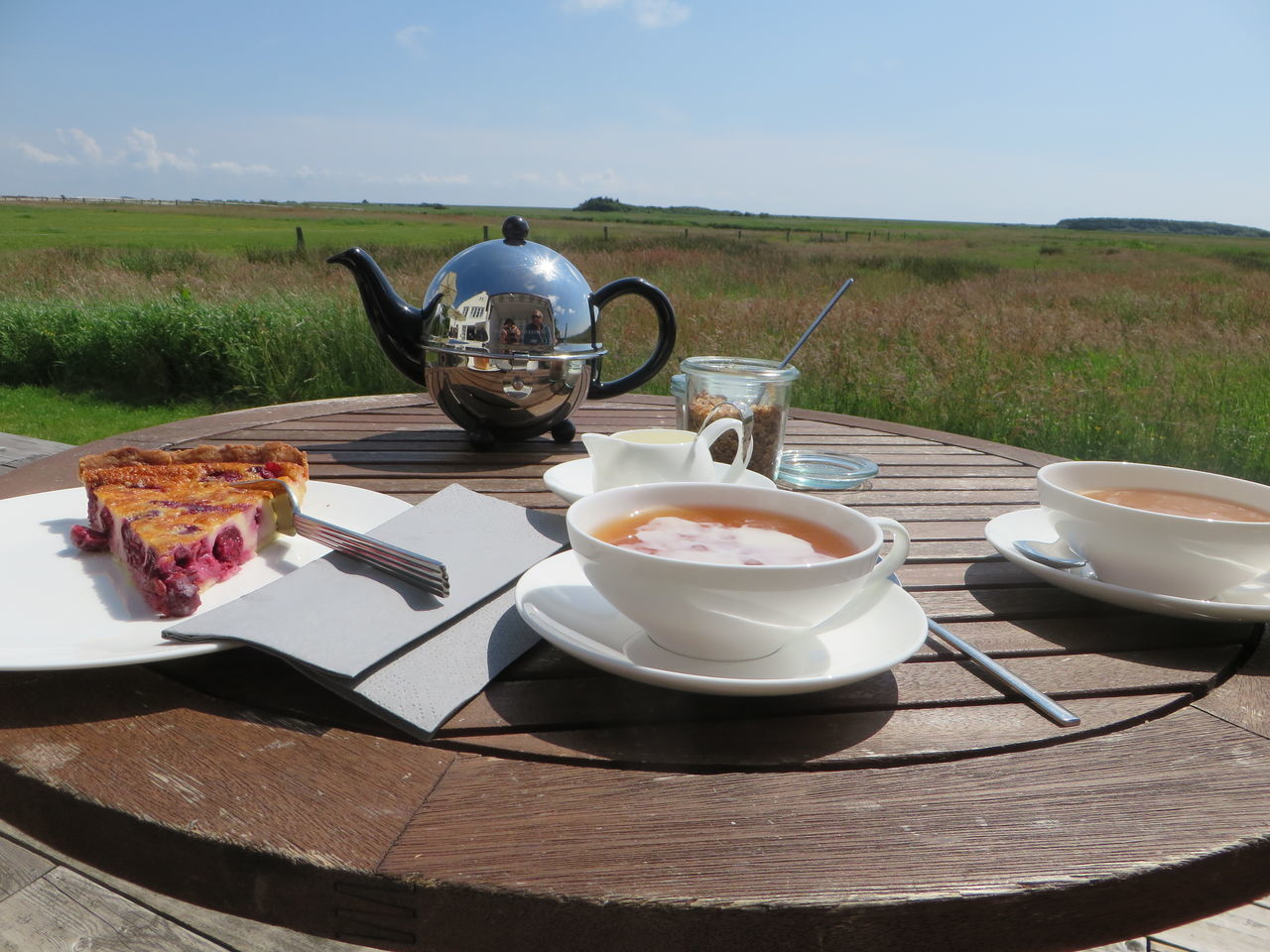 Close-up Food And Drink Nature Outdoors Ready-to-eat Sweet Food Table Tea - Hot Drink Tea Cup Teapot
