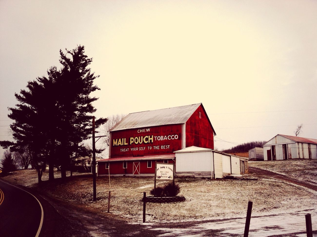 An old barn on the way through Amish paradise haha Check This Out Hello World Hi! Taking Photos