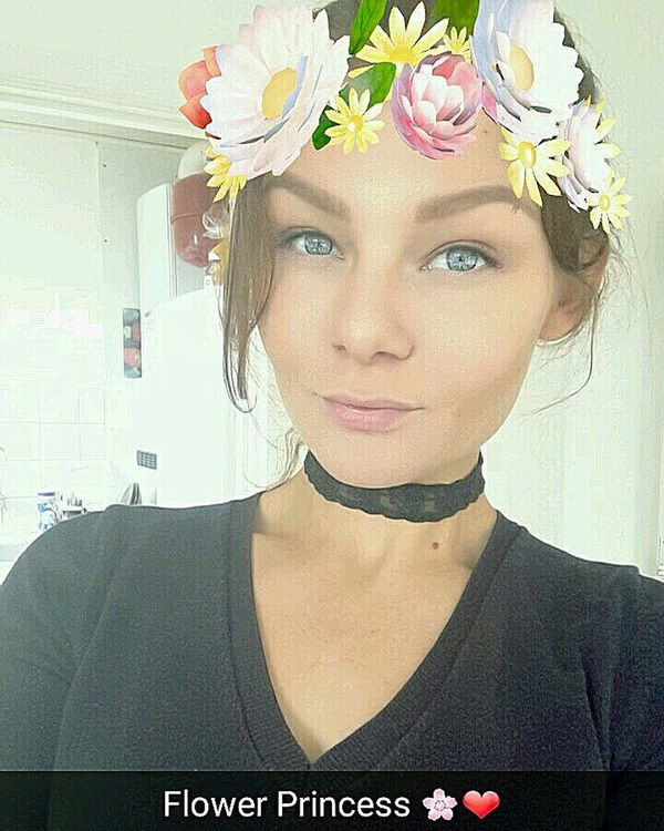 Beautiful Woman Headshot Adult Portrait One Person Beauty Elégance Flower Looking At Camera Faces Of EyeEm Lovely Blue Eyes Hungariangirl BelgianGirl Mixed Belgian-Hungarian Mixed Race Today's Hot Look Feeling Good Taking Photos Selfıe Snapchat Snapchat Filter Seriousface Choker Goodgirl