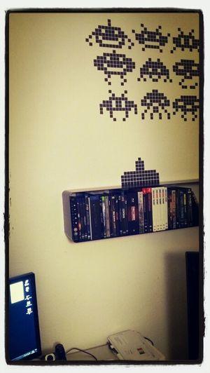 Ecke nimmt langsam formen an... Gaming Wohnen Spaceinvader