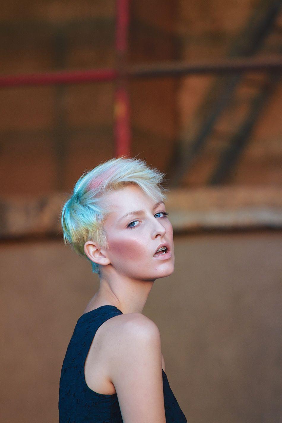 The Portraitist - 2016 EyeEm Awards Blonde Girl Multicolored Hair Pretty Portrait Of A Woman Beautiful