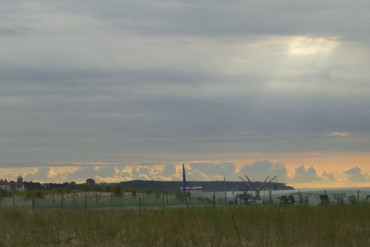 Beauty In Nature Cloud Cloud - Sky Cloudscape Cloudy Day Dünen Landscape Nature Ostsee Ostseebad Binz Ostseeküste Sky Sonnenstrahlen Steilküste Strand Warnemünde Wolken