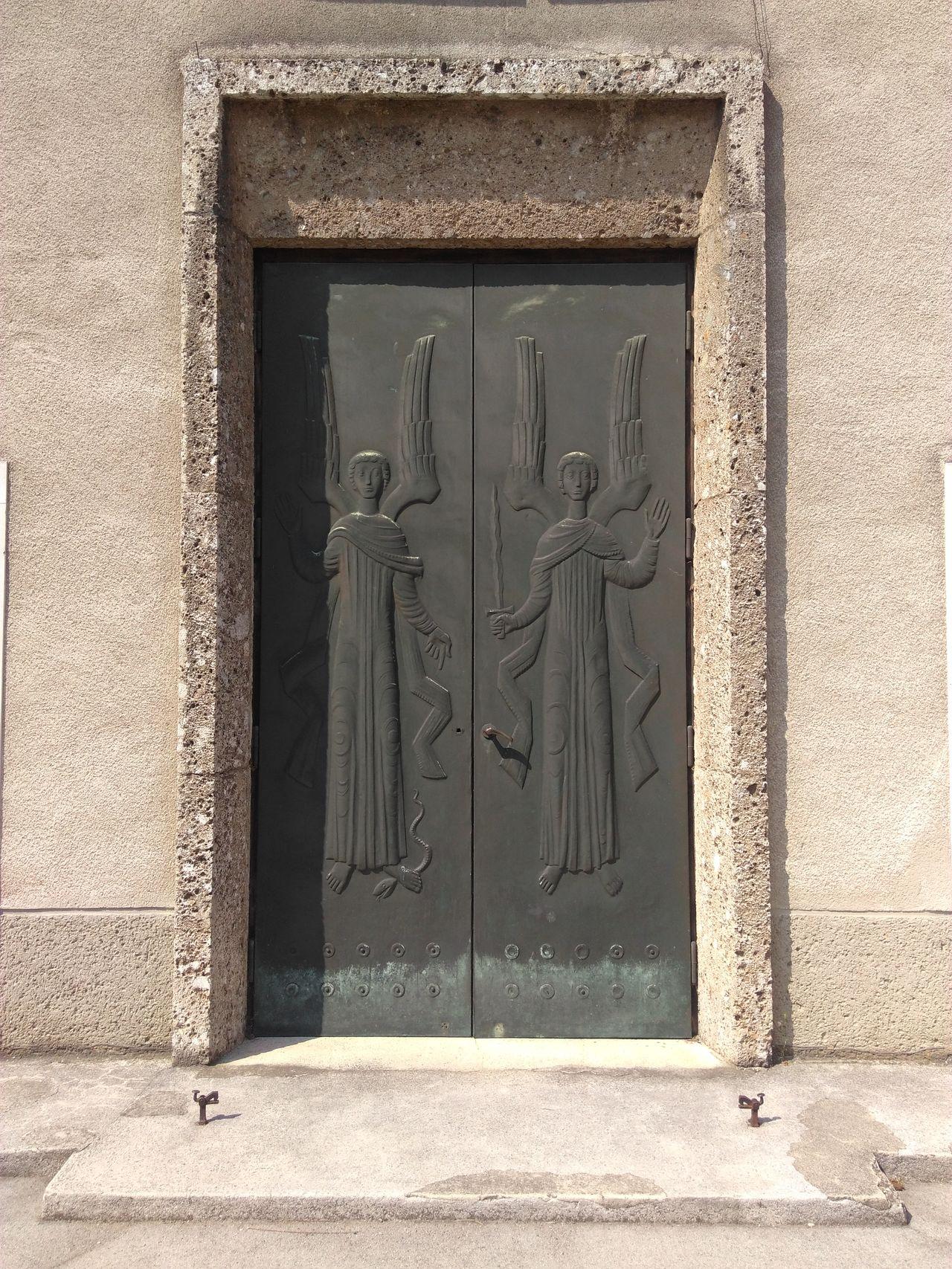 Door Fenster Und Türen Windows And Doors Kirchentüre Kirche Church Vienna Wien Liesing Pfarrkirche Liesing