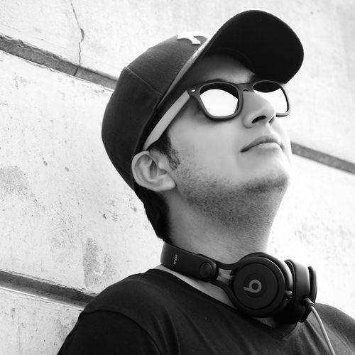 Music <3 BEATS Mixr Follow Me