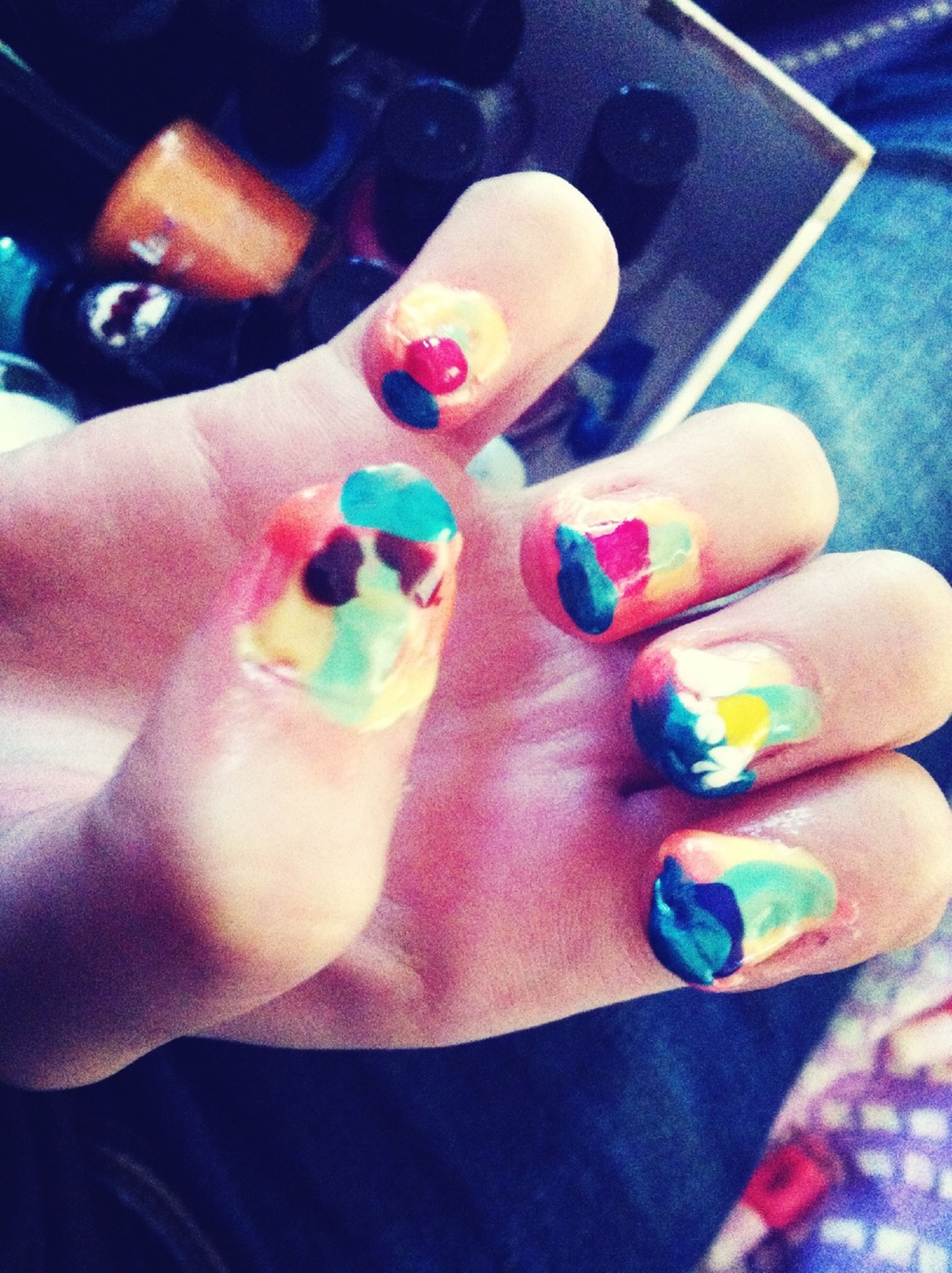 When Ville Want To Paint My Nails... Ahah