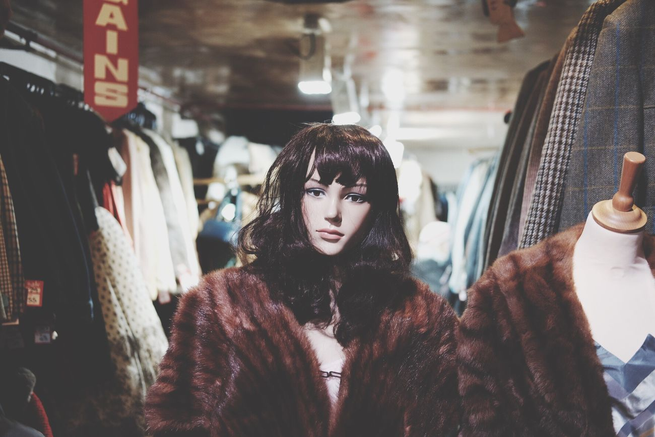 Mannequin Brown Hair Only Women Indoors  Fur Coat Fashion Vintage Shopping Camden Market