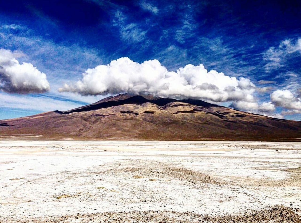 Landscape Nature Cloud - Sky Beauty In Nature Sand Scenics Desert Tranquil Scene Outdoors Sky Tranquility No People Salt - Mineral Day Bolivia Uyuni Salt Flat Travel Destinations Travel Naturelovers Wonderful_places