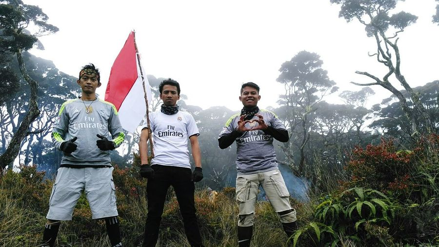 Real Madrid Real Madrid 😍😍 Real Madrid C.F. Madridistaindonesia Madridista INDONESIA Mountain GunungSinggalang