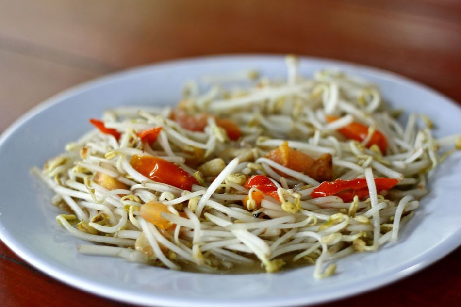 Bean Sprout Bean Sprout Saute Bean Sprouts Chineese Food Close-up Day Dried Fruit Food Food And Drink Freshness Healthy Eating Healthy Food Italian Food No People Plate Ready-to-eat Sauteed Veggies Sauté Vegetable