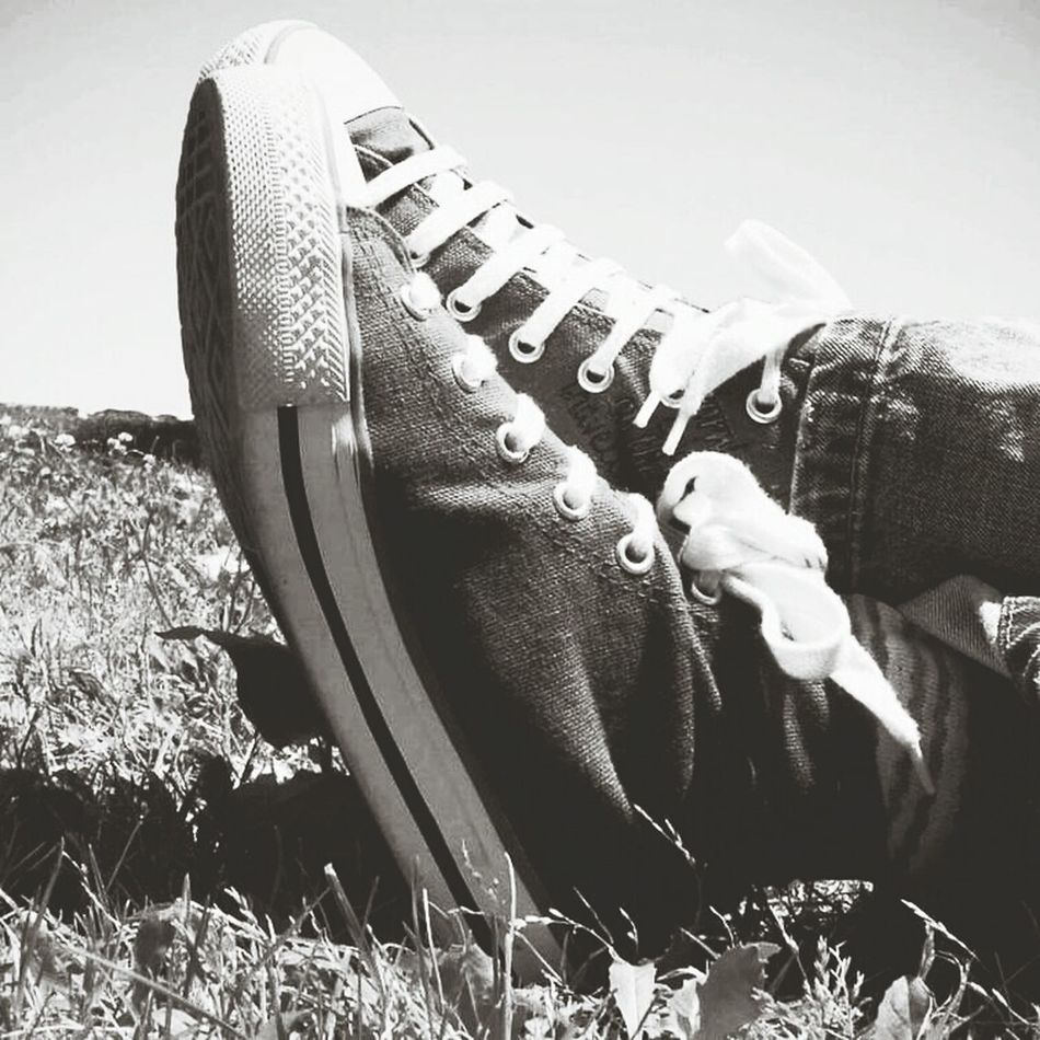Living Free Summertime Outdoors Kickin It In The Converse