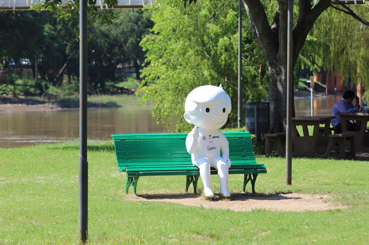 Alone Like Me Culiacan Park Relaxation Sinaloa