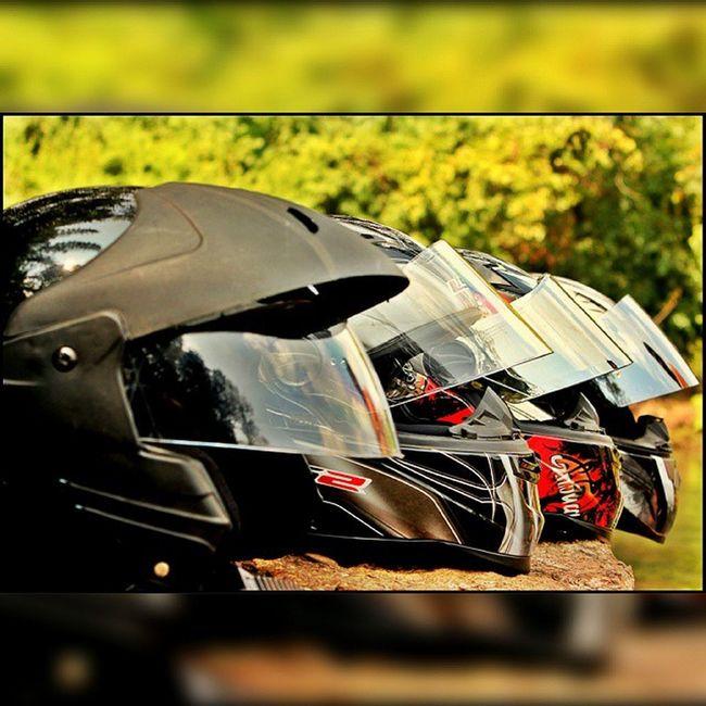 Helmets Ls2 Headgear ProTECTIVEGear motoart@instaghelper Bikelife Instagood Instagear Bikersgeartagram RideOut Photooftheday Instamotogallery Helmet Bike Ahd Goa Mytraveldairies