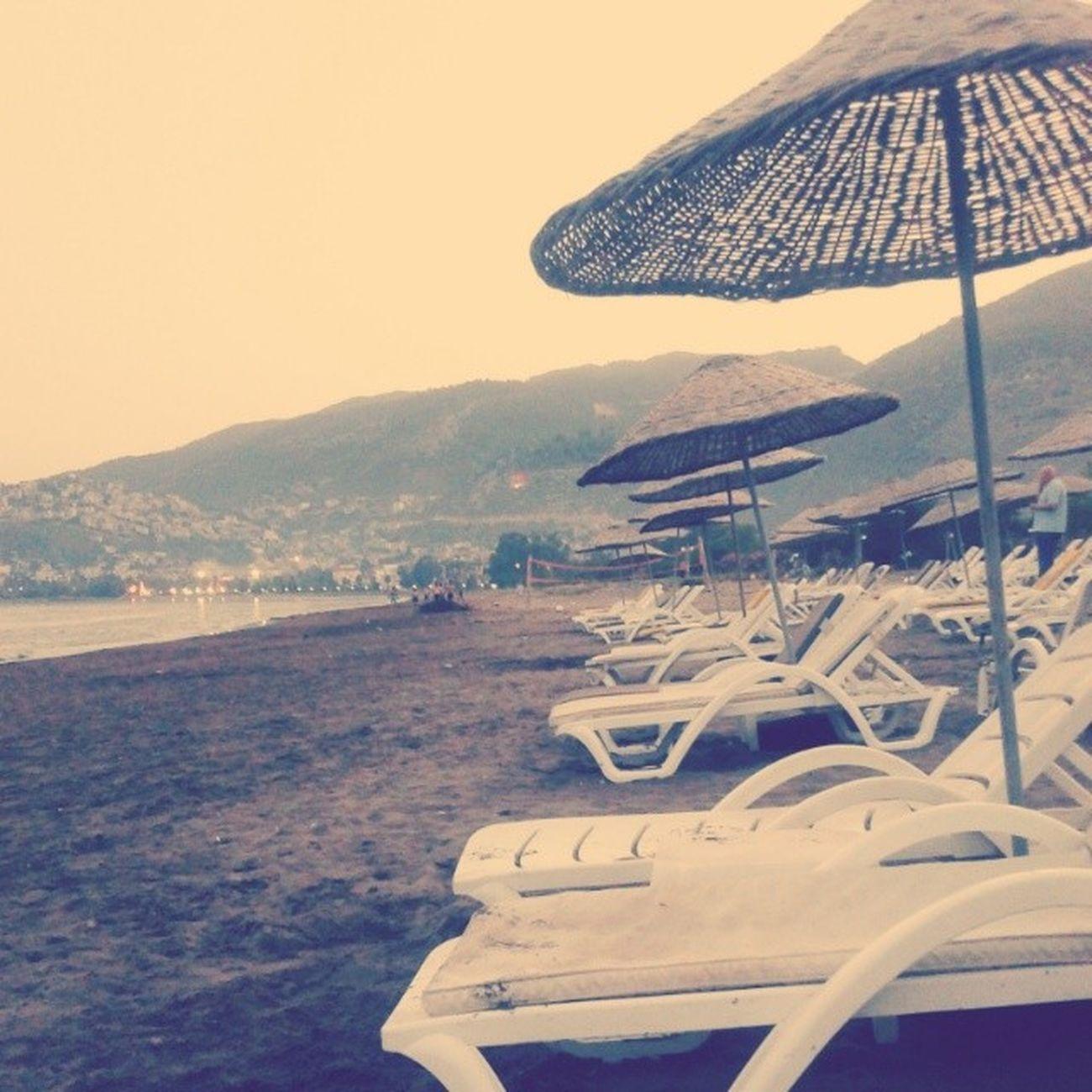 Bu saatte deniz sefasii miiii Bizeheptatil Finike Deniz Sahil kum beach holiday tatil sea iştenciktikgeldik friends