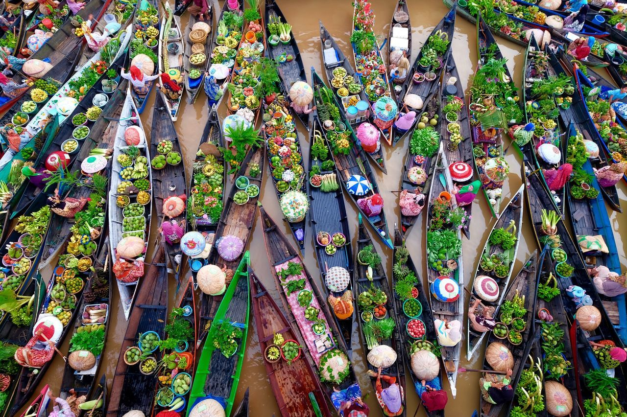 festival pasar terapung multi colored high angle view day outdoors backgrounds no people beauty in Nature Nature festival Borneo Tradition Traditional Culture boat Flying High