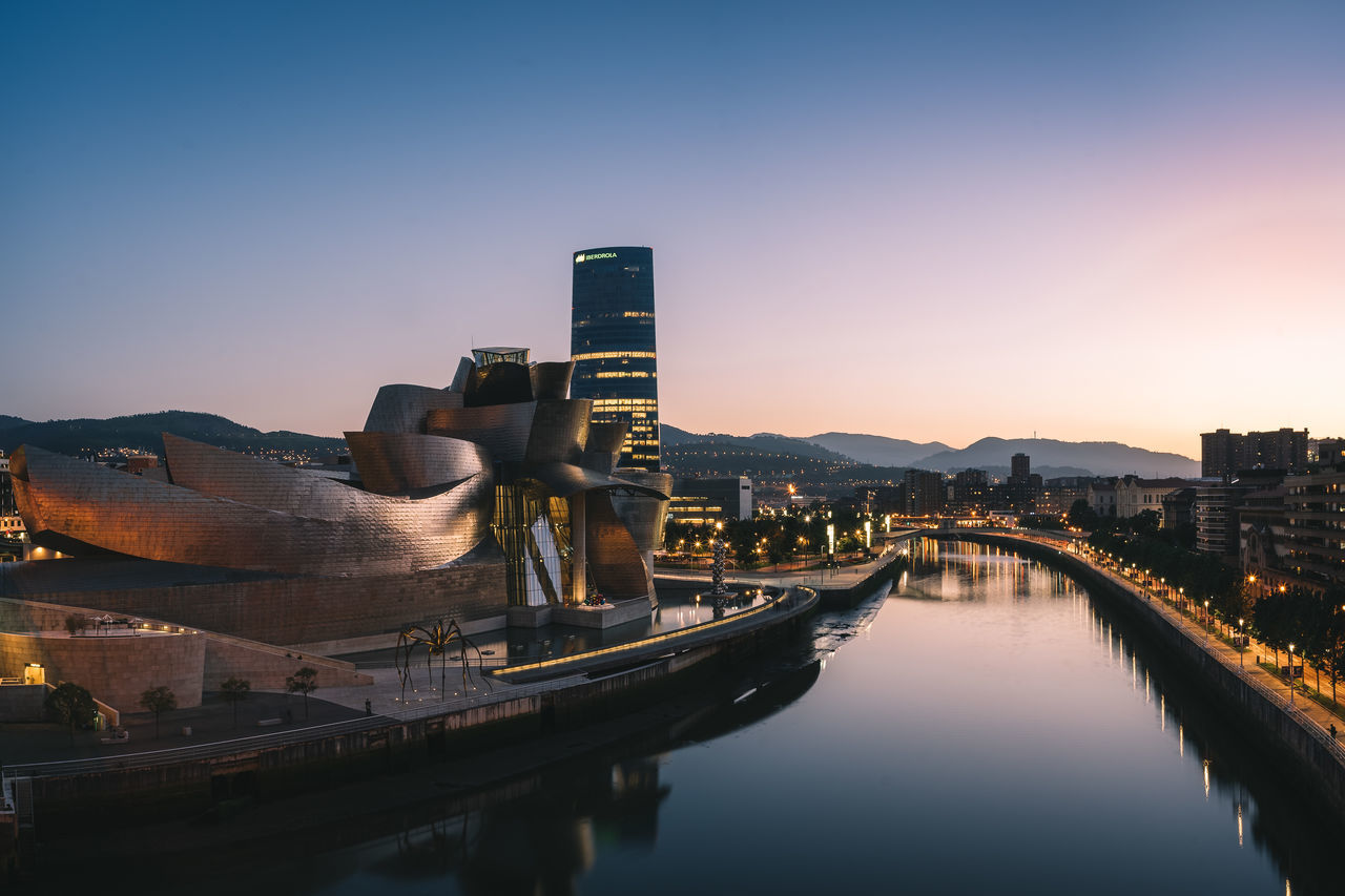 Architecture Basque Country Bilbao Built Structure City Cityscape Cityscape Clear Sky Dusk Guggenheim Guggenheim Bilbao Modern Reflection River SPAIN Sunset