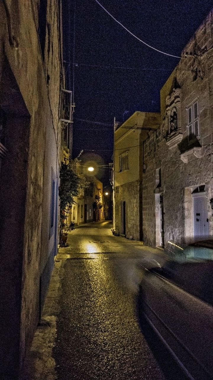 architecture, building exterior, night, built structure, illuminated, no people, residential building, street, the way forward, road, outdoors, sky