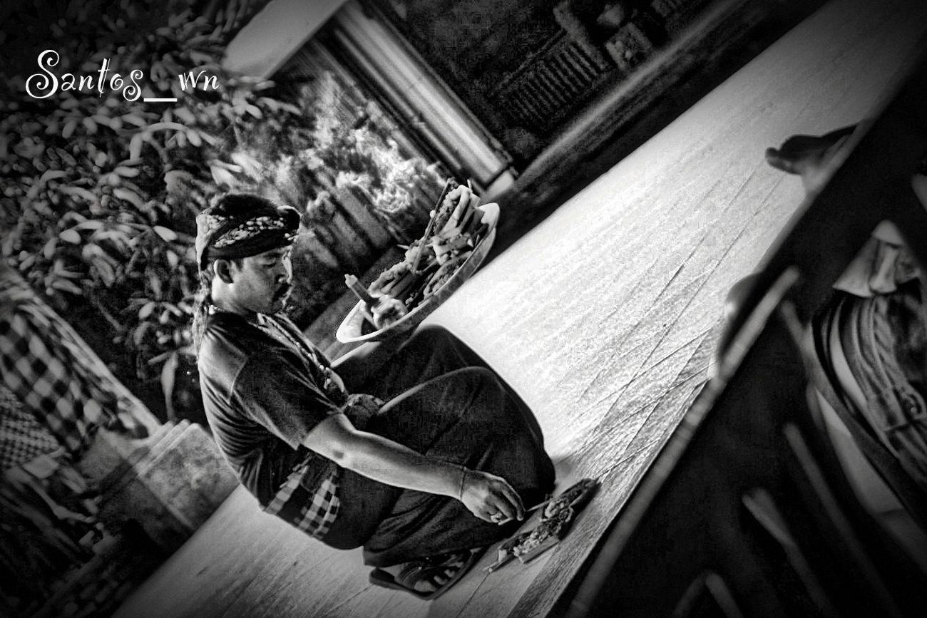 Getting Prepared I Love BALI EyeEm Indonesia EyeEm Best Shots - Black + White
