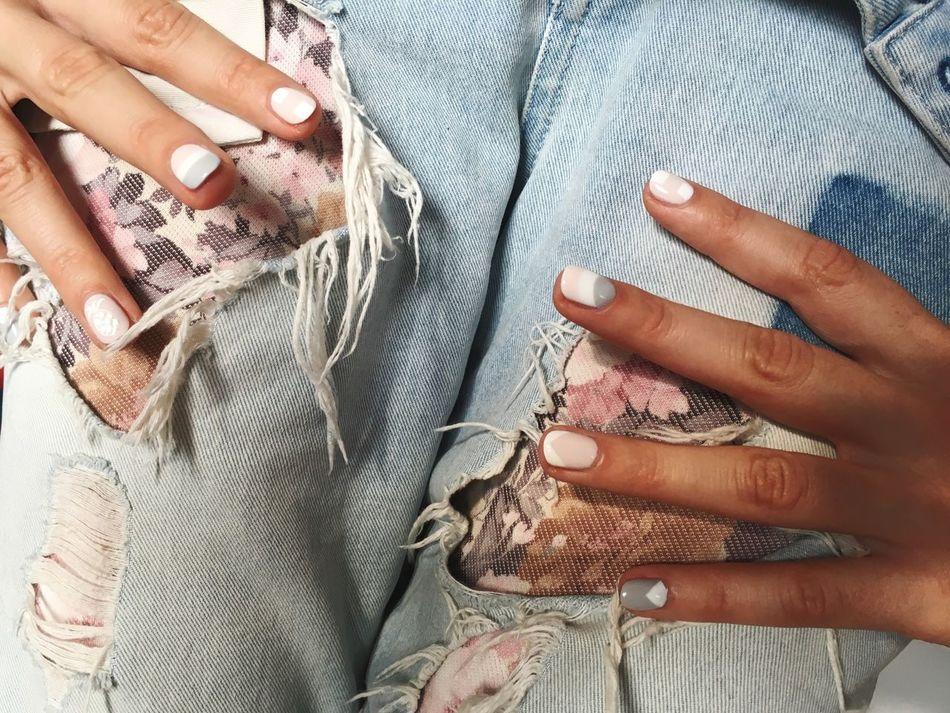 Beautiful stock photos of kunst, Close-Up, Fashion, Human Hand, Indoors