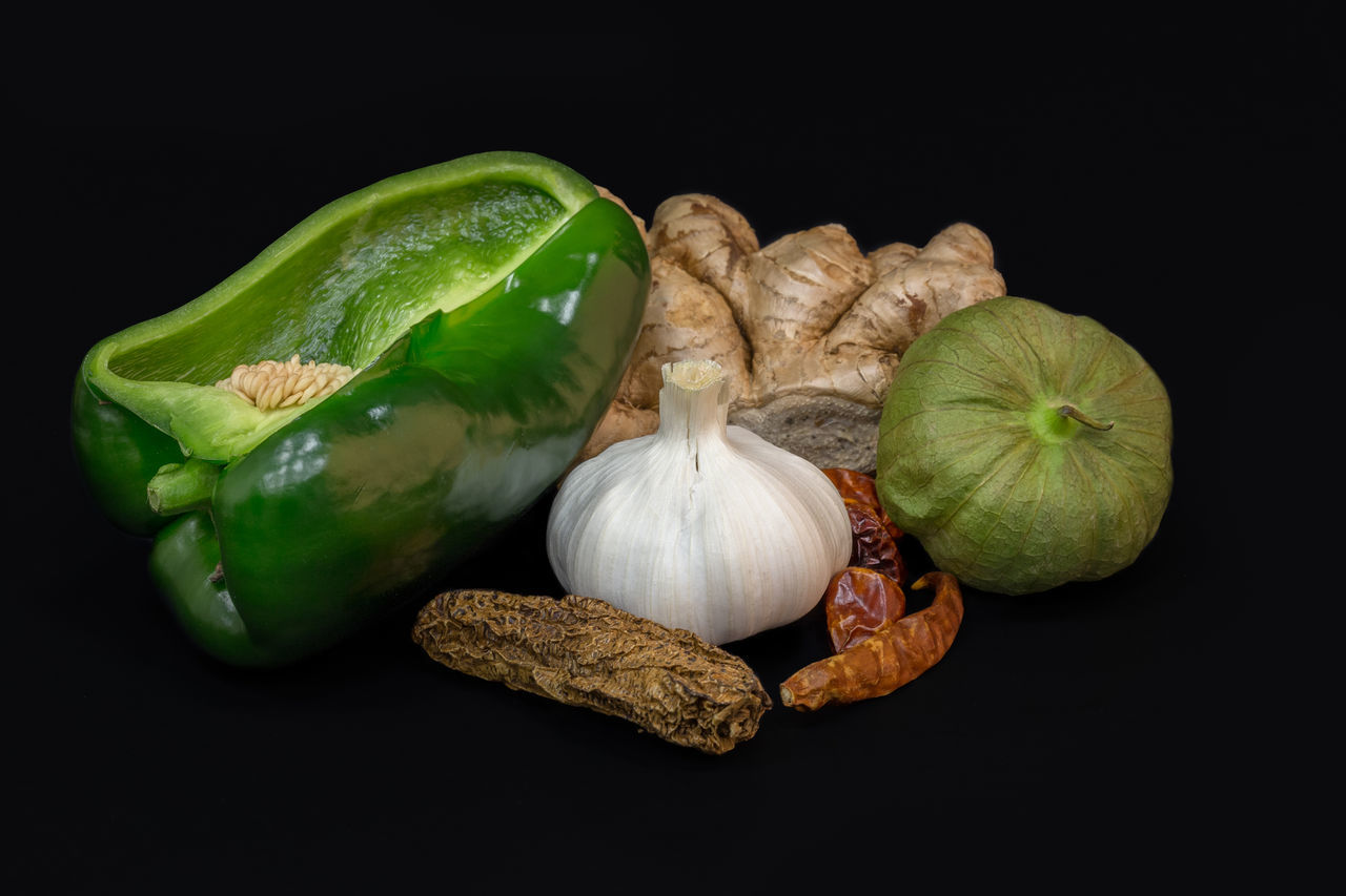Spices Black Background Capsicum Chilli Close-up Food Food And Drink Freshness Garlic Garlic Bulb Garlic Clove GIN Ginger Cat Healthy Eating Leek No People Pepper Plant Bulb Raw Food Red Pepper Studio Shot Vegetable Whole