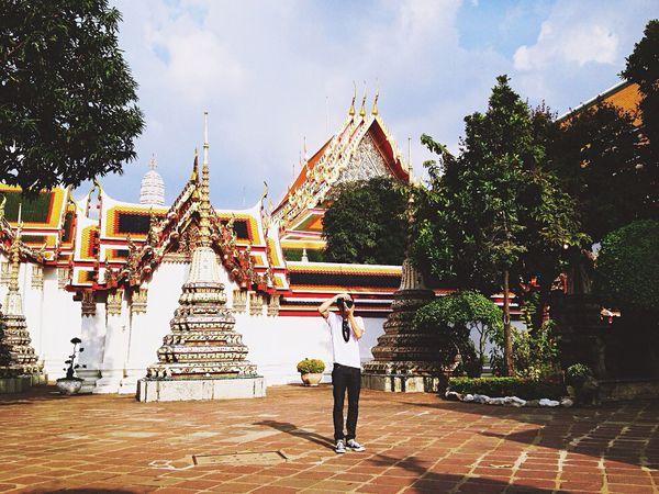 The Street Photographer - 2015 EyeEm Awards The Moment - 2015 EyeEm Awards The Architect - 2015 EyeEm Awards Taking Photos Hello World Traveling Thailand Bangkok Hanging Out Streetphotography