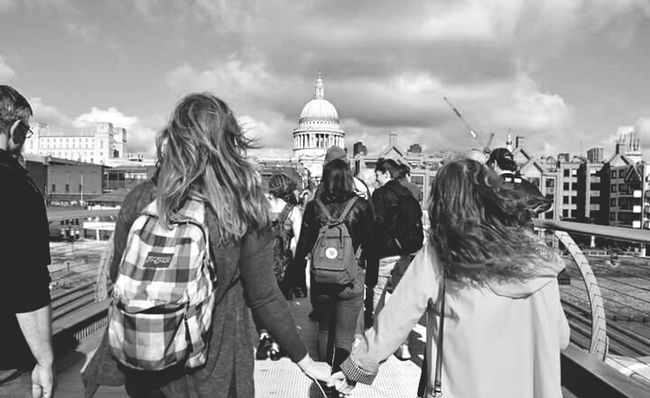 London Gals City Travel Destinations Friendship Travel City Break Person Young Adult Young Women Only Women Leisure Activity Rear View Built Structure Horizontal People City Life Outdoors Architecture Adult Urban Skyline Cityscape