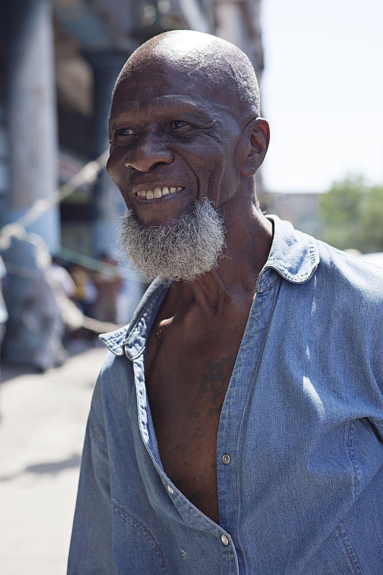 Cuba Havana Cuban Cuban Man Portrait Portrait Of A Cuban Travel Street Photography Portrait Photography Up Close Street Photography Telling Stories Differently Fine Art Photography The Portraitist - 2017 EyeEm Awards The Street Photographer - 2017 EyeEm Awards