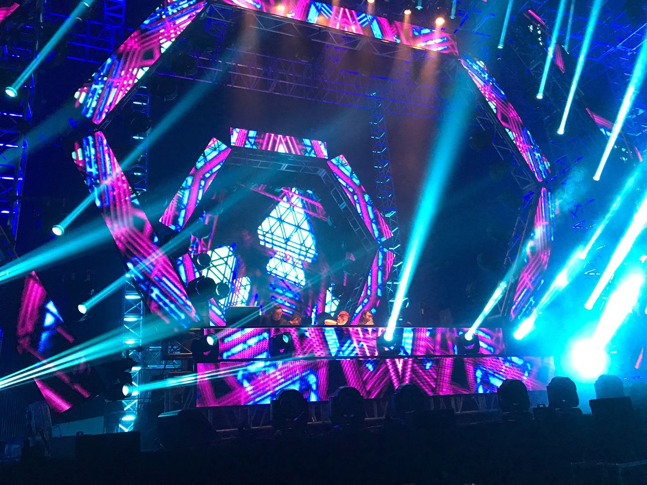 Goldfish & Blink, Day 1. DWP16 at Garuda Land Jiexpo Kemayoran. Djakarta Warehouse Project 2016 By ITag Djakarta Warehouse Project By ITag DanceMusicFestival By ITag Live In Concert By ITag