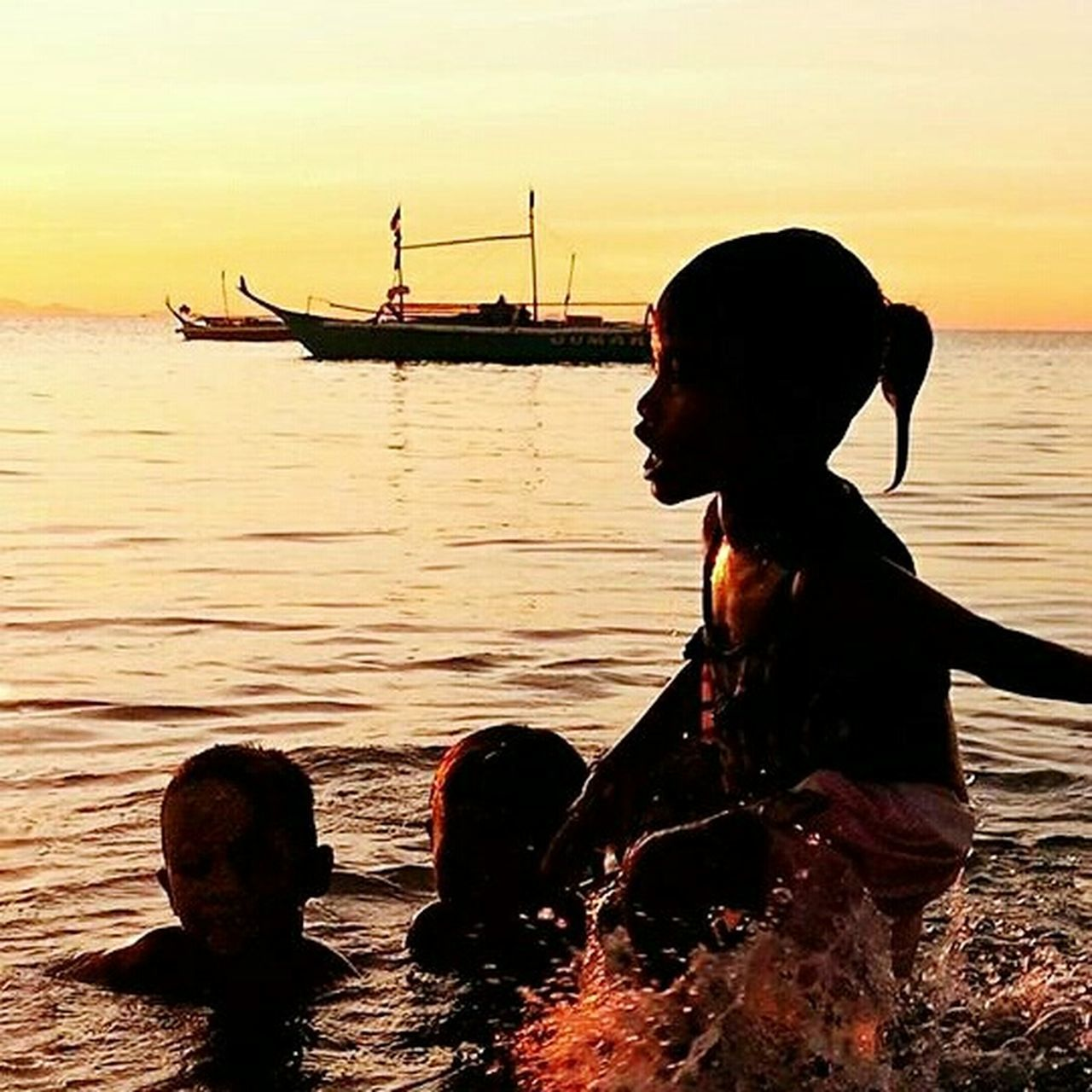 Sunset Sunset Silhouettes Portrait Beachlovers Best Friends Eyem Philippines Playfulmood EyeEm Best Shots - Nature Sunset_collection Eyem2016 Beachlife Nationalgeographic Girlpower Girl Power Eyeemcollection EyeEm Gallery Nature Photography