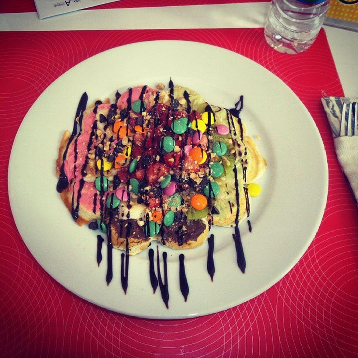Waffle keyfisi yaptıydıkk :)) Waffle Keyfisi Ohhmiss