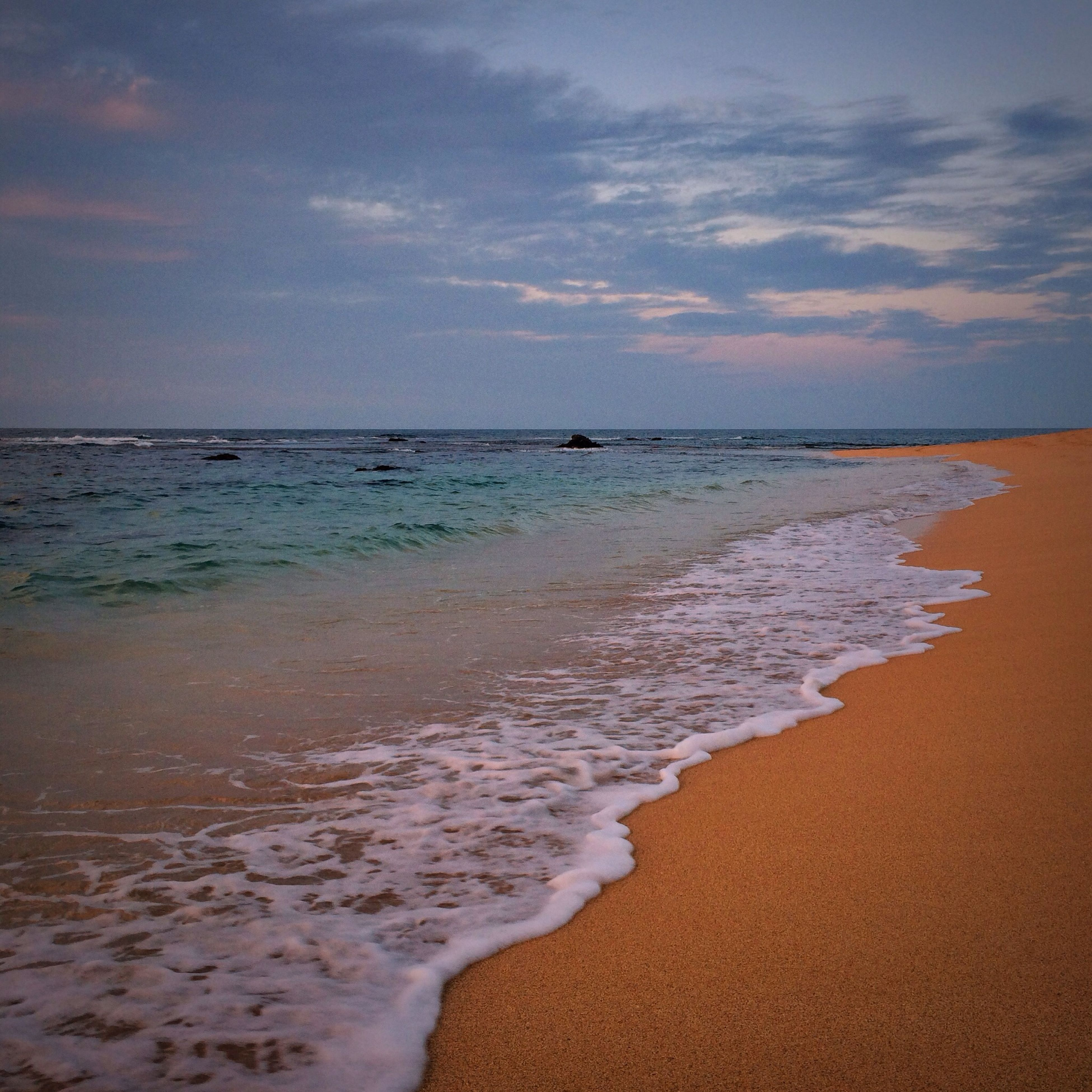 beach, sea, water, shore, horizon over water, sand, sky, tranquil scene, scenics, tranquility, beauty in nature, wave, nature, cloud - sky, idyllic, coastline, sunset, surf, calm, cloud