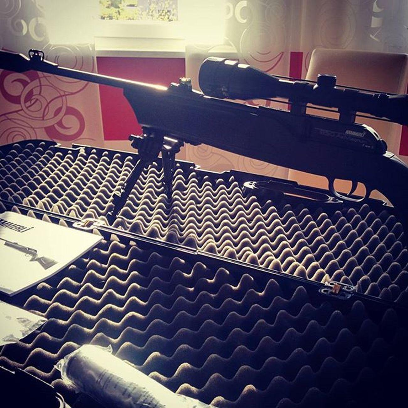 Zusammen packen und fertig machen für Training. Airrifle Rifle Sport Boltaction