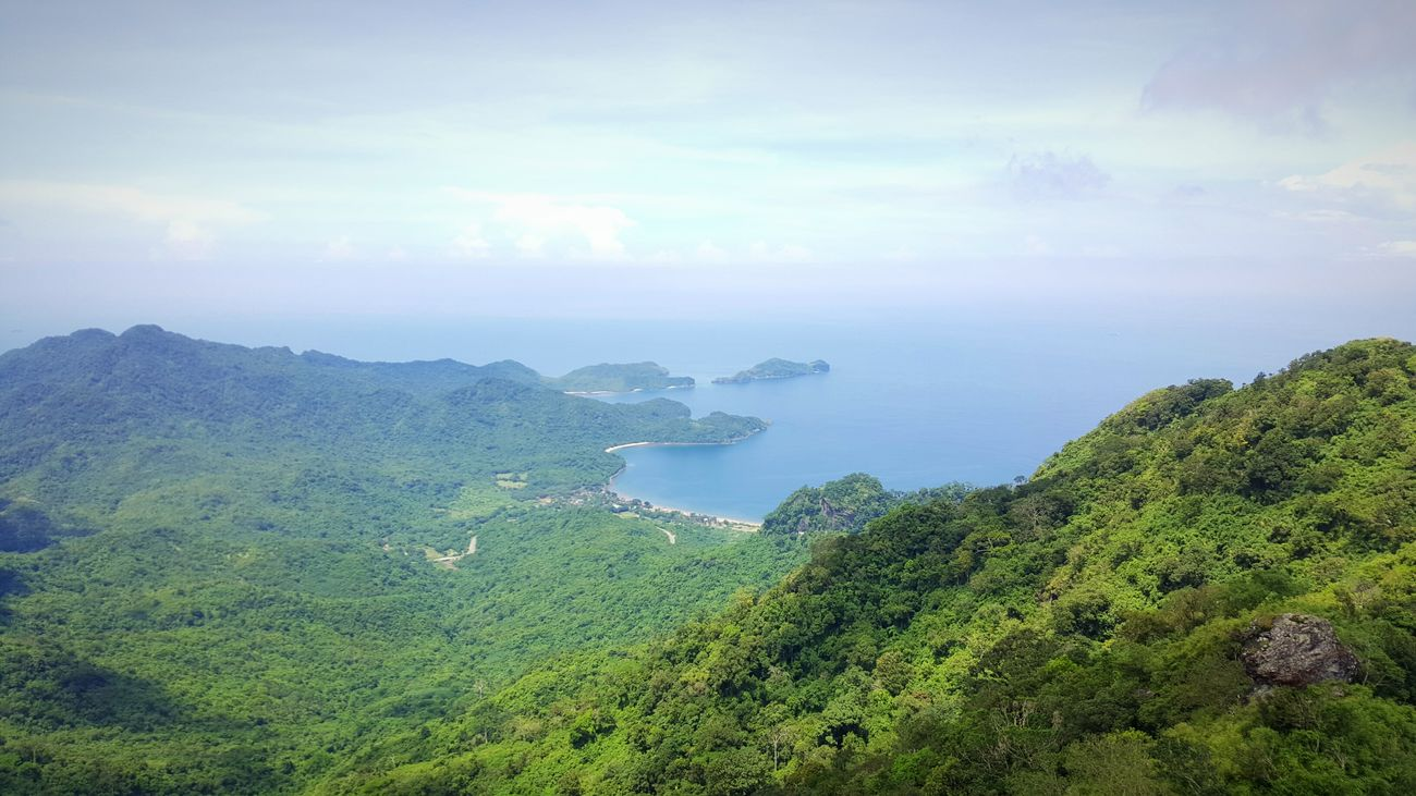 Hiking Adventures Mountain And Sea Mountain Peak Mountain View Mt Pico De Loro Sky And Clouds Sky And Sea Weekend Adventure