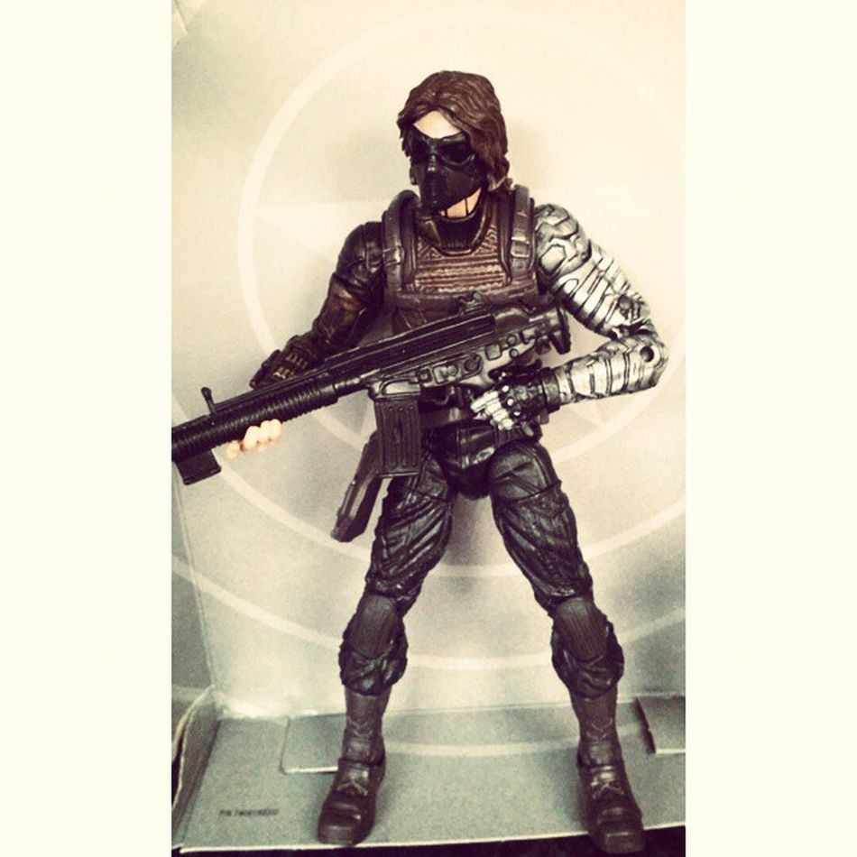 i seriously am in love with this figure.I'm so happy with this figure seriously amazing. Marvellengends Buckybarns WinterSoldier Marvel Figures Figurecollecting Fuckingsexy Geekingout Awsome Buildfigure Figureoftheday
