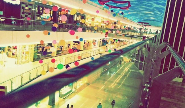 Exploring Mall Check This Out Hanging Out Cheese! Taking Photos Indoors  Colorful Colorful Balloons Colorful Buildings Hello World EyeEm Gallery EyeEm Enjoying Life Manado City Manado Town Square Eyeemphotography 😊