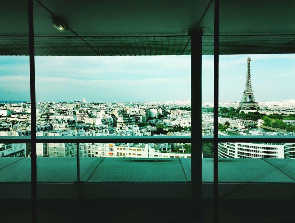 View Sky City Window Cloud - Sky Tower Panorama Suny Day Toits De Paris Maison De La Radio Radio France Eiffel_tower  Monuments Exterior ViewParis, France  Honor7