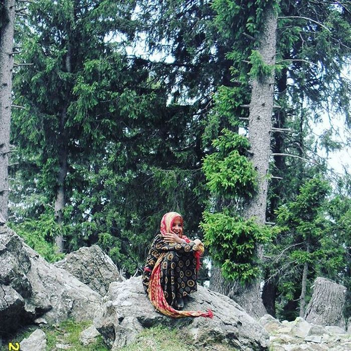 A Fairy In The Meadows Of Bandipore Kashmir Pakistan . Shaheena a Gujjar Girl Was Going To Attend Her School At An Altitude Of 3200m in Langmarg . HumansOfPakistan Shutterpak Washpost Murreemall Dawndotcom Kpc Indiapictures Etribune _soi Vscocam Indiaphotos Storiesofindia Everydayindia Indiaclicks Soi Kpc IExploreKashmir Nikon everydayKashmir dailylifekashmir Revoshotsphotography Revoshots Rebel Revo