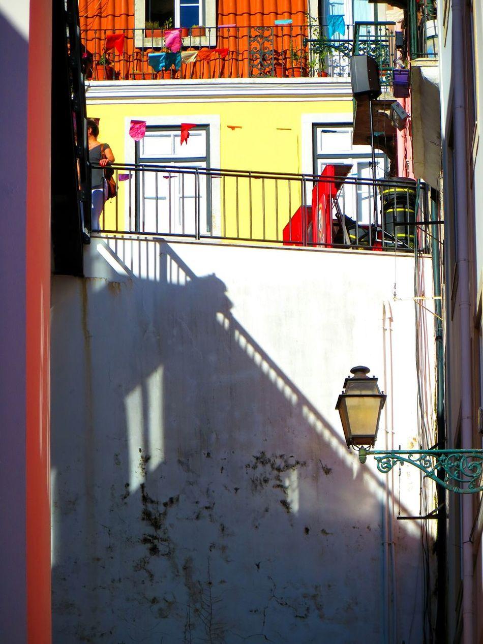 The secret window... Architecture Architecture_collection Architectural Detail Shadow Wall - Building Feature Architecturelovers Lisbon Lisboa Portugal Burnmagazine P3top Tinycollective Hikaricreative Magnumphotos Jornalistasdeimagens AMPt_community Igerslisboa Igersportugal Instagrammer Pinterest Streetphotography Minimalism Minimal Minimalobsession Colors Vogue Magazine