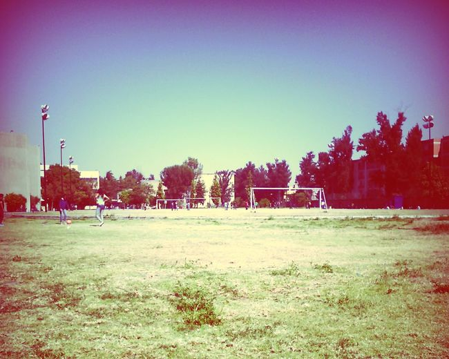 Hi! Beautiful Day School Flow Taking Photos Friends ❤ 🏢