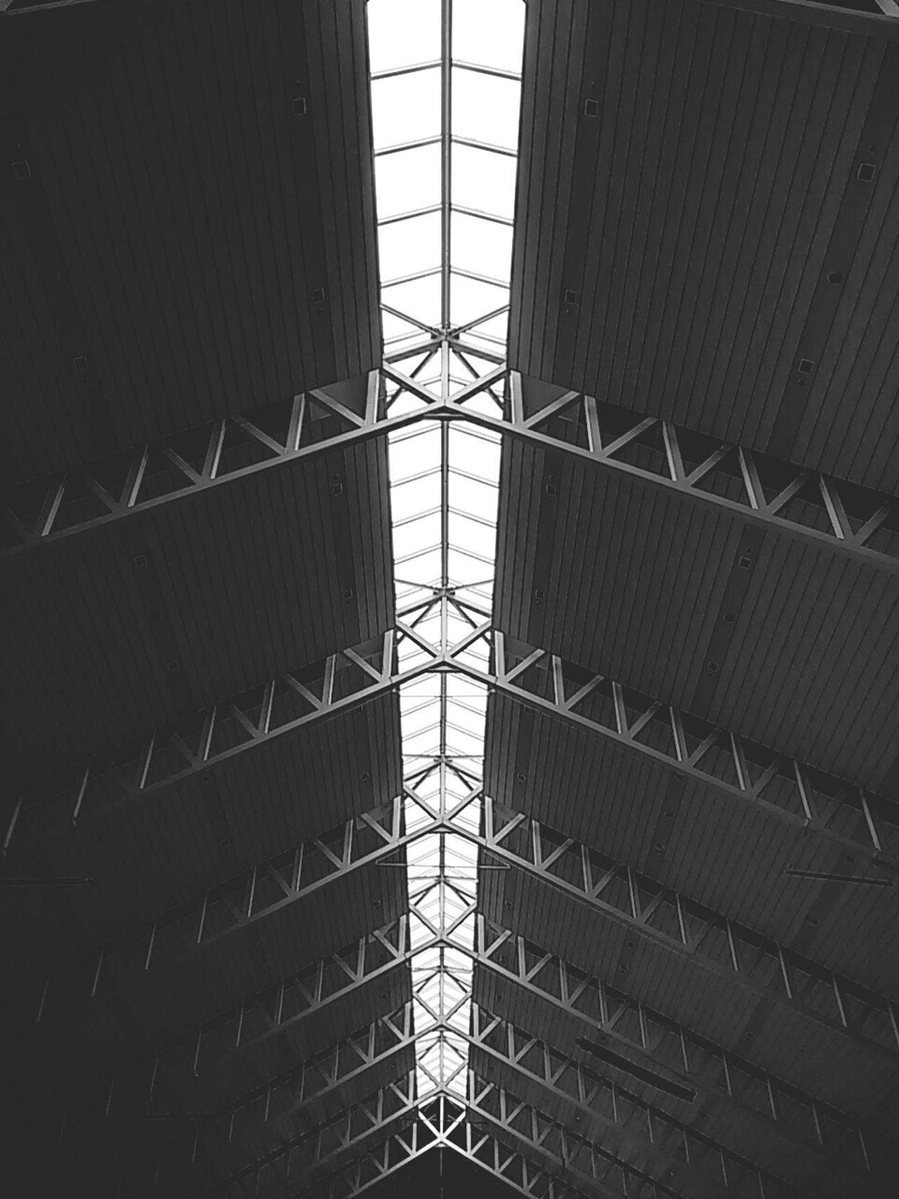 Blackandwhite Bw_ Collection Eyeem Philippines Symmetrical Geometric Shapes Monochrome Perspectives Looking Up Airport In The Terminal EyeEm Davao
