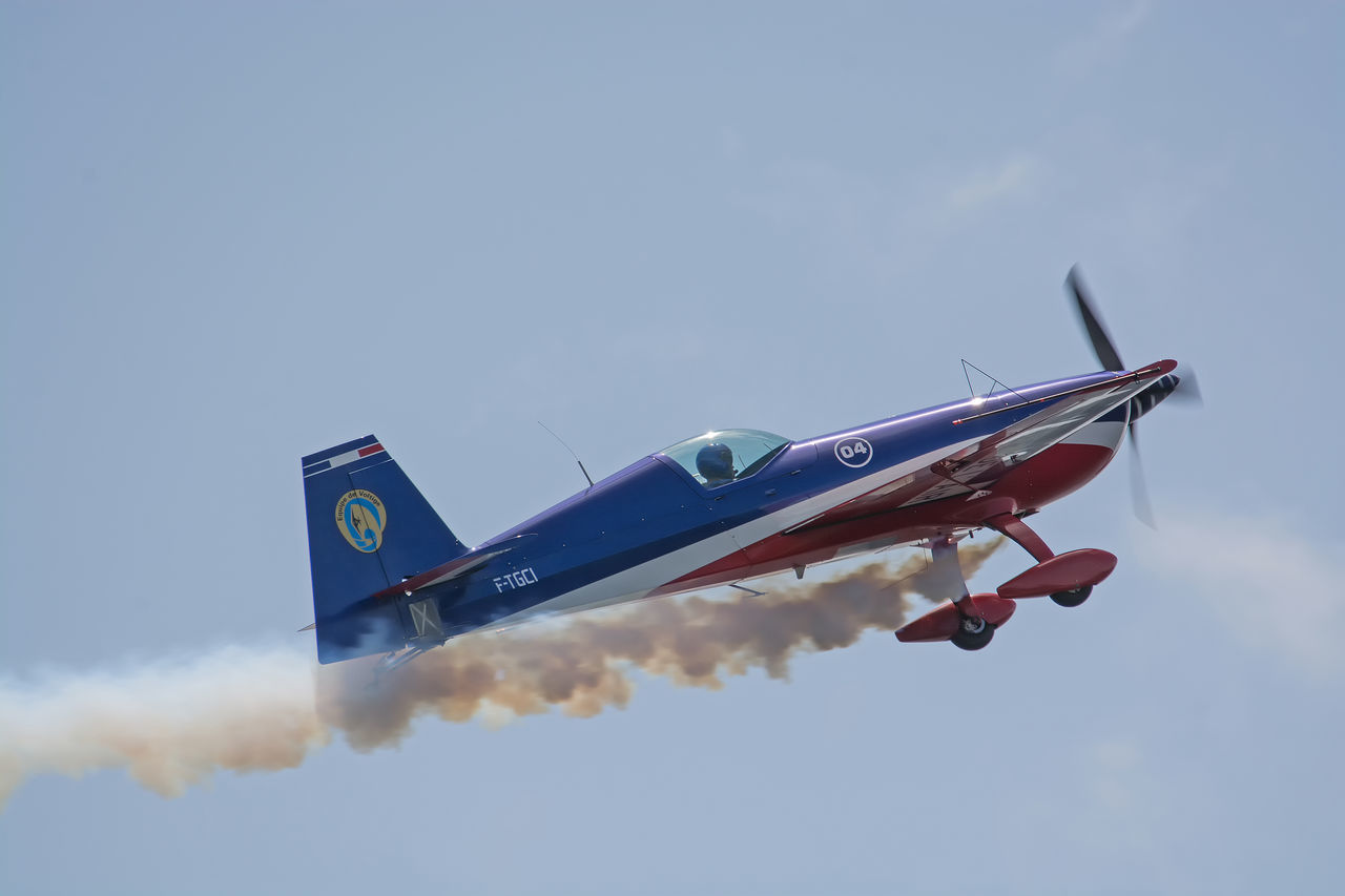Aircraft Airplane Airshow Avion Biscarrosse Blue Cloud Cloud - Sky Cloudy Day Extra EA-330SC Flight Flying Flying Spirit à Biscarrosse 2016 France Journey Low Angle View Mode Of Transport Nature No People Outdoors Show Sky Weather