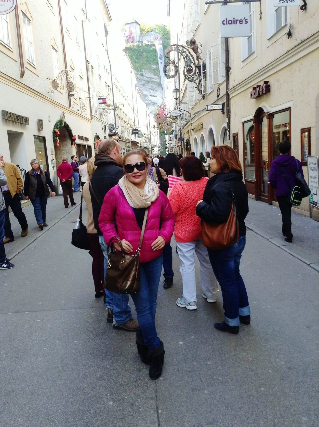 Salzburg Oldtown MozartGeburthaus The Sound Of Music Beautiful Place 😍❤️ Streetphotography Going Places. Enjoying Life People Watching For My Own Photo Journal Solotraveler Travelingtheworld  Discovering Places Austria Great Adventures That's Me Seeking Inspiration