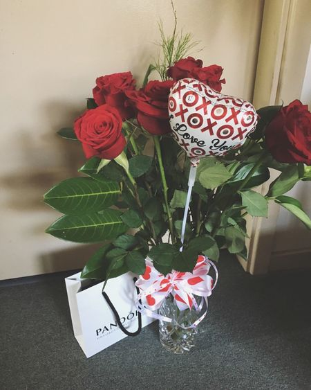 I am such a lucky girl 😻 Valentine's Day